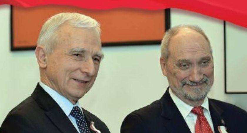 Polityka, Spotkanie Piotrem Naimskim Antonim Macierewiczem - zdjęcie, fotografia