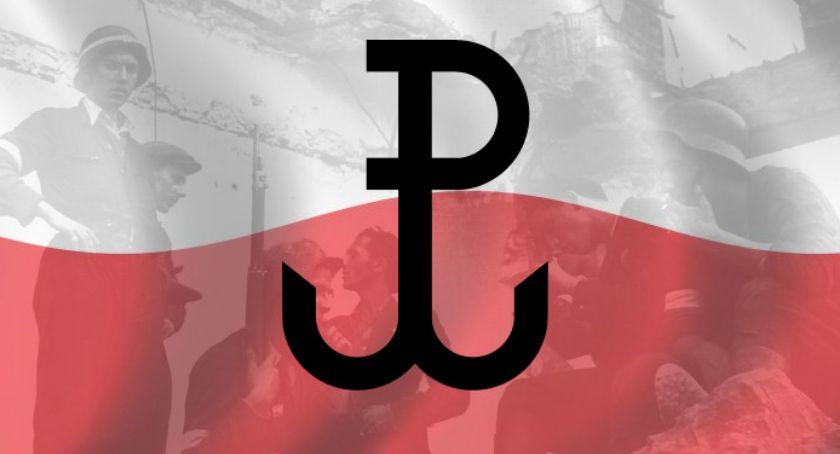 Historia Warszawy, Muzeum Pamięci Powstania Warszawskiego szczególne miejsce celebrowania odwagi dzielności bohaterów walczących przyszłość - zdjęcie, fotografia