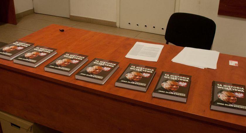 Polityka, Promocja książki Janie Olszewskim Przystanku Historia - zdjęcie, fotografia