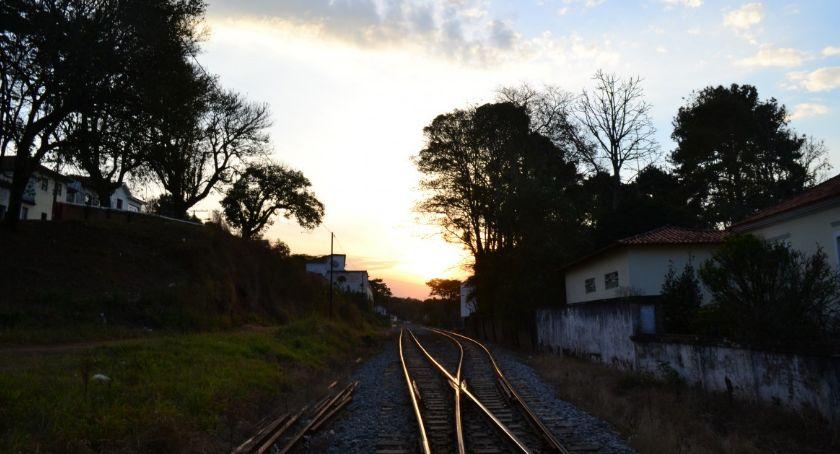 Remonty, dojedziemy pociągiem Zalew Zegrzyński - zdjęcie, fotografia