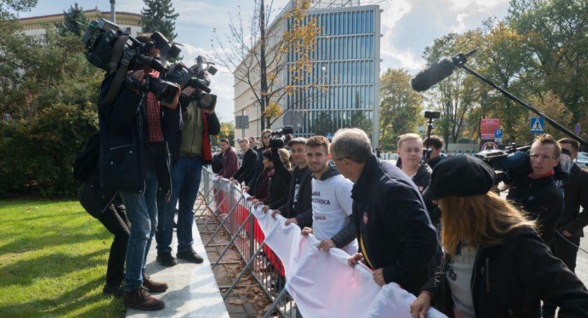 Polityka, Adrian Zandberg może zamkniętą twierdzą - zdjęcie, fotografia