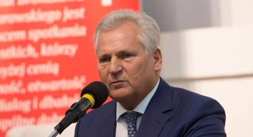 Polityka, Aleksander Kwaśniewski kreśli możliwe scenariusze rządu - zdjęcie, fotografia