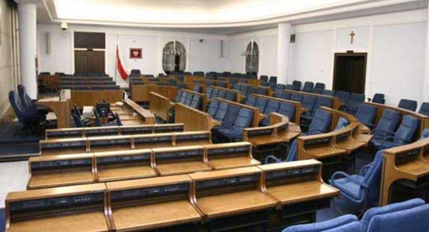 NEWS, przegrywa jednak Senat opozycja będzie miała przewagę choć nikłą - zdjęcie, fotografia