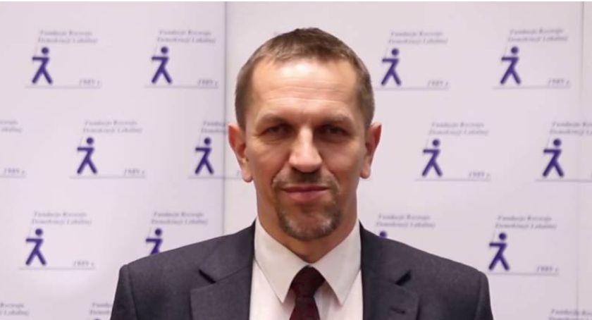 NEWS, może jednak mieć większości Sejmie Jarosław swoje wyliczenia - zdjęcie, fotografia