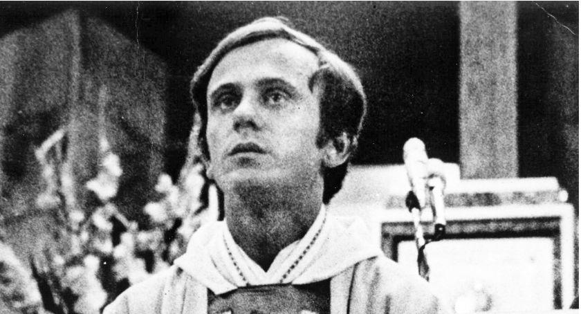 NEWS, rocznica śmierci Jerzego Popiełuszki kontrowersyjne porównanie Schetyny - zdjęcie, fotografia