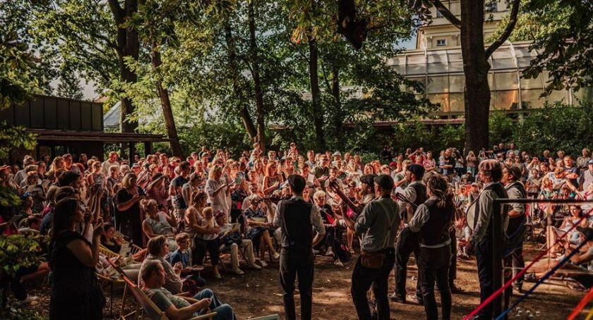 Koncerty - muzyka - płyty , Śpiewanki niepodległościowe Ferajną Hoovera - zdjęcie, fotografia