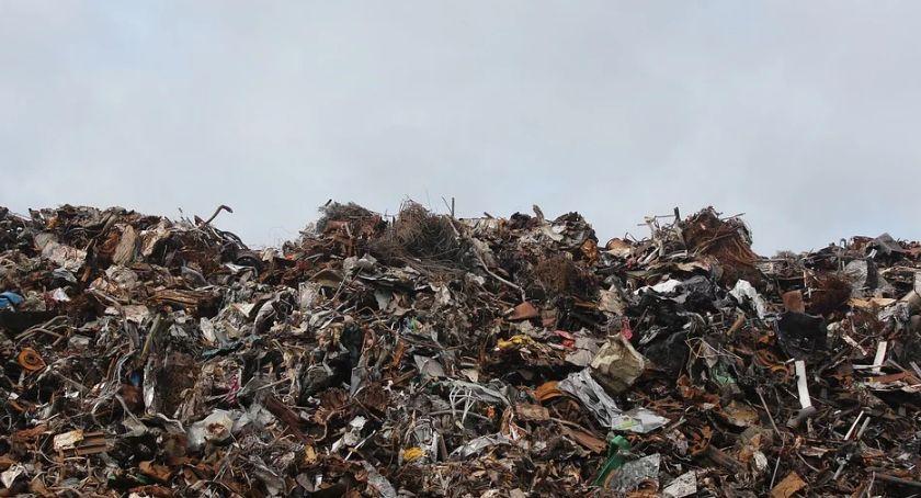 NEWS, Cięcia inwestycjach ogromna podwyżka opłat śmieci - zdjęcie, fotografia