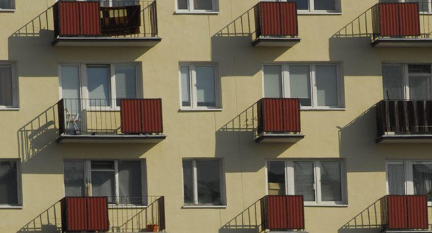 Prawo, Opłaty śmieci uzależnić ilości okien mieszkaniu - zdjęcie, fotografia