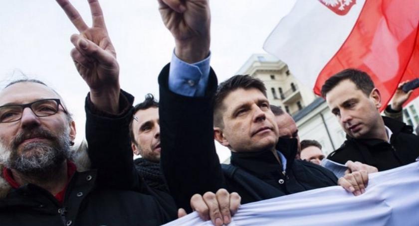 Blog, Polacy oczekują powagi Sejmie - zdjęcie, fotografia