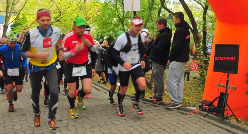 Biegi - maratony, Kopiec Powstania Warszawskiego [zdjęcia] - zdjęcie, fotografia