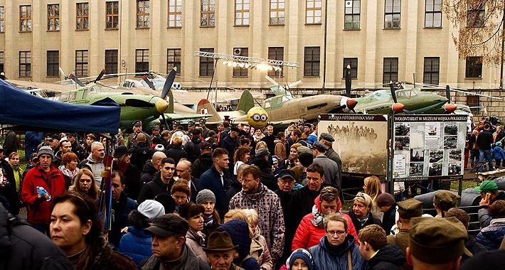 Historia Warszawy, Narodowe Święto Niepodległości Muzeum Wojska Polskiego - zdjęcie, fotografia