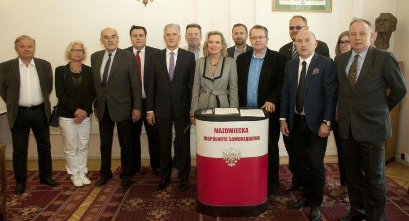 Polityka, Oświadczenie związku powołaniem Marii Anders stanowisko ministra - zdjęcie, fotografia