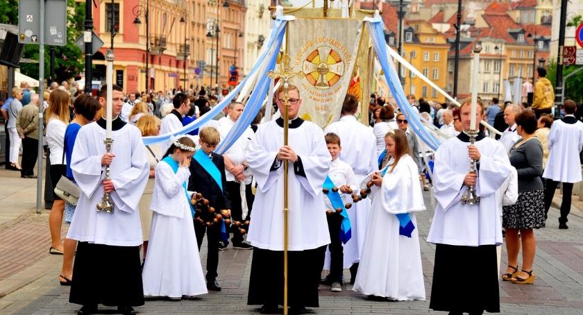 Religia - kościoły - święta, Procesja Bożego Ciała Warszawie - zdjęcie, fotografia