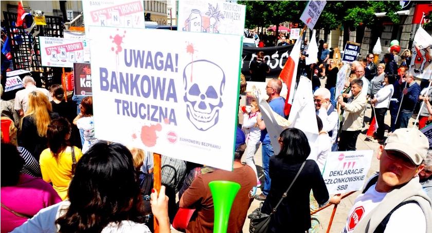 Imprezy, Wydarzenia, dość Protest frankowiczów Warszawie [ZDJĘCIA] - zdjęcie, fotografia