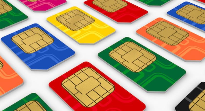 Handel i usługi, zakupie karty prepaid musisz podać osobowe - zdjęcie, fotografia