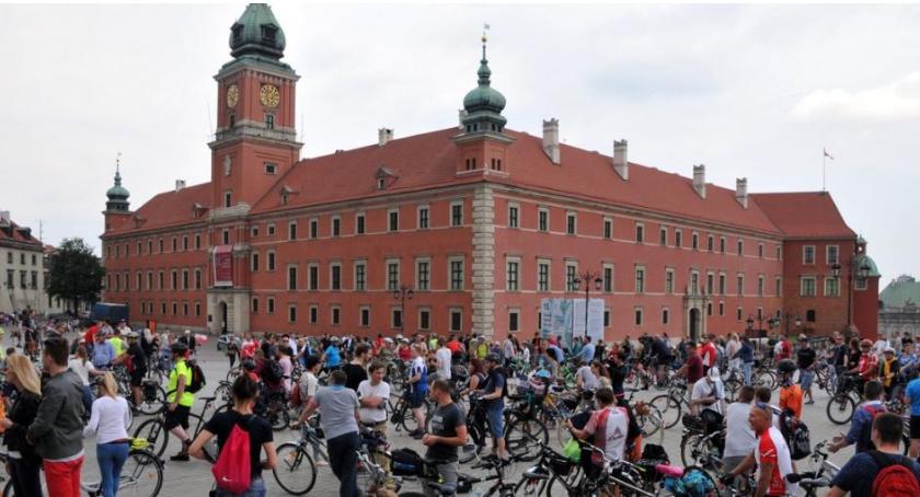 Rower, Warszawska Krytyczna utrudnienia drogach - zdjęcie, fotografia
