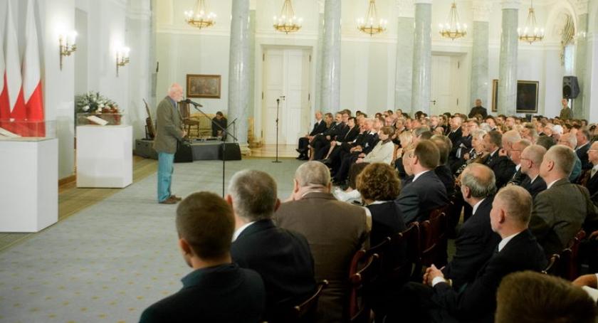 Historia Warszawy, rocznica powstania Komitetu Obrony Robotników - zdjęcie, fotografia