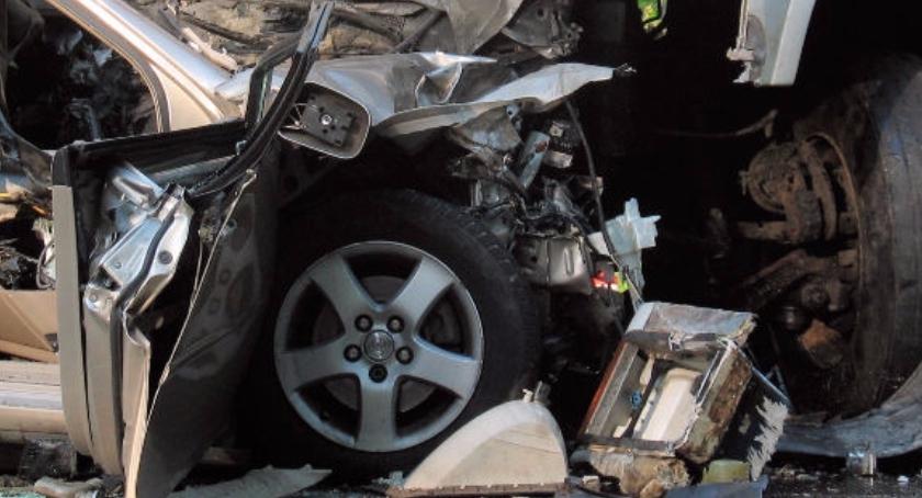 Wypadki, trasie zderzyły samochody utrudnienia ruchu - zdjęcie, fotografia