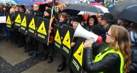 Trwa II Ogólnopolski Strajk Kobiet. Jest petycja do rządu