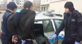 Policja zatrzymała mężczyznę, który znęcał się nad matką