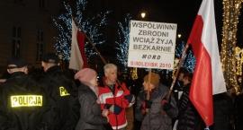 Miesięcznica smoleńska i kontrmanifestacja. Będą utrudnienia w ruchu