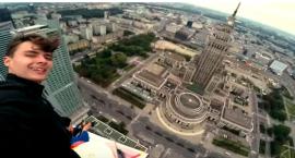 Rosjanie wdrapali się na szczyt wieżowca Złota 44 [wideo]