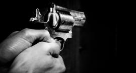 Strzelanina na Żoliborzu. Mężczyzna nadal poszukiwany przez policję