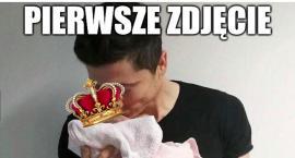 Lewandowscy zostali rodzicami, internauci komentują [MEMY]