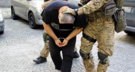 Uciekł ze szpitala, po 8 dniach wrócił do aresztu. Piotr R. ujęty w Gdańsku