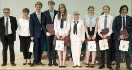Uczniowie warszawskich szkół wyróżnieni