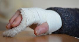 Fałszywy lekarz ortopeda leczył pacjentów. Jak to było możliwe?
