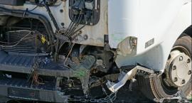 """Tragiczny wypadek na krajowej """"ósemce"""". Zginął kierowca ciężarówki"""