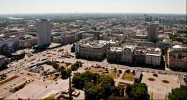 Tak wygląda panorama Warszawy widziana z iglicy Pałacu Kultury i Nauki. Widok jest imponujący
