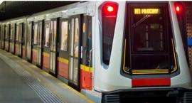 Jedno wejście otwarte, drugie do remontu - kolejne zmiany na Metro Politechnika