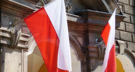 Trzej Niemcy zbezcześcili polską flagę