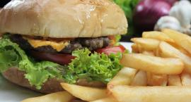Żarcie na Kółkach: Festiwal Food Trucków i Mistrzostwa Burgerowe