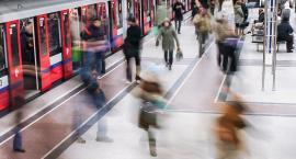 Ewakuacja metra uniemożliwiona przez awarię bramek