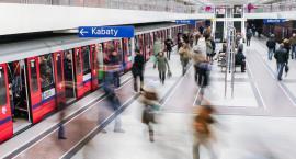 W metrze zmarł jeden z pasażerów. Do zdarzenia doszło na stacji Rondo ONZ...