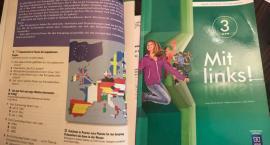 Podręcznik do j. niemieckiego, a w nim...nowa flaga naszego kraju?