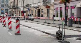 Z wizytą na Krakowskim Przedmieściu. Zobaczcie postęp prac. Kiedy otwarcie?
