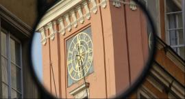 Dzisiaj o godzinie 11:15 zatrzymają się zegary w Warszawie, także w kilku innych miastach w Polsce