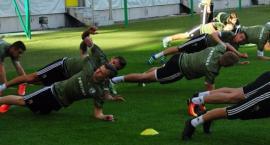 Legia gra fatalnie, ale jako jedyna drużyna... wygrała ostatnie dwa mecze