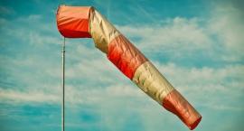 Uwaga! Silne wiatry i niska temperatura w Warszawie