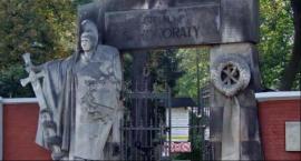 W tym roku też zebrano rekordową kwotę na ratowanie Starych Powązek