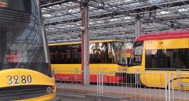 Pijany mężczyzna wypadł z tramwaju na Marszałkowskiej