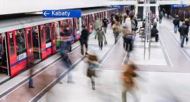 Warszawskie metro świętuje Mikołajki. Niespodzianka dla pasażerów