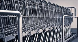 Znikające wózki na zakupy - sklepy mają dość poszukiwań swoich własności