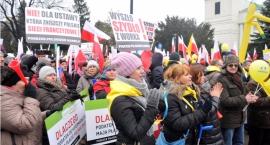 Demonstracja w obronie polskiego handlu [zdjęcia]