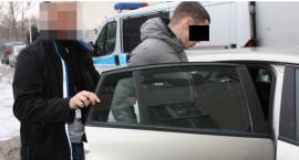 Zaatakował 15-latka na przystanku...