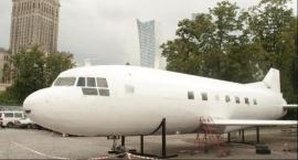 Samolot zniknie z Placu Defilad. Ruszył demontaż